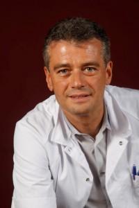 Dr Celen Hendrik